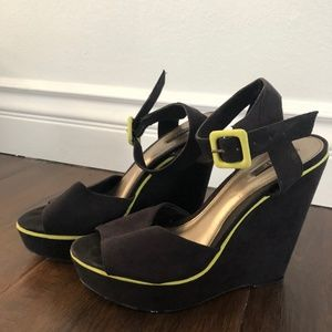 FOREVER 21 Black & Yellow Platform Wedge Shoes | S